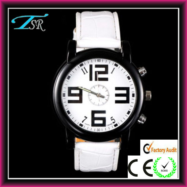 2013 trendy cool sport watch for men with big face big number Hot in US and Russian 2013