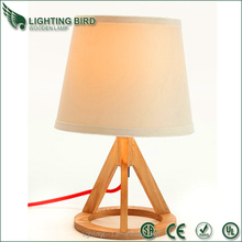 Modern Decorative Studio Light wood table lamp for Writing And Reading