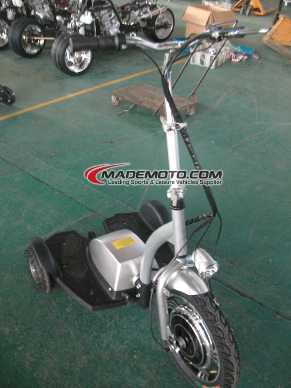 X'mas Selling three wheel smart electric scooter with pedal wholesale