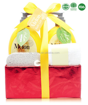 Christmas beauty personal care bath gift set in cloth box melon shaped