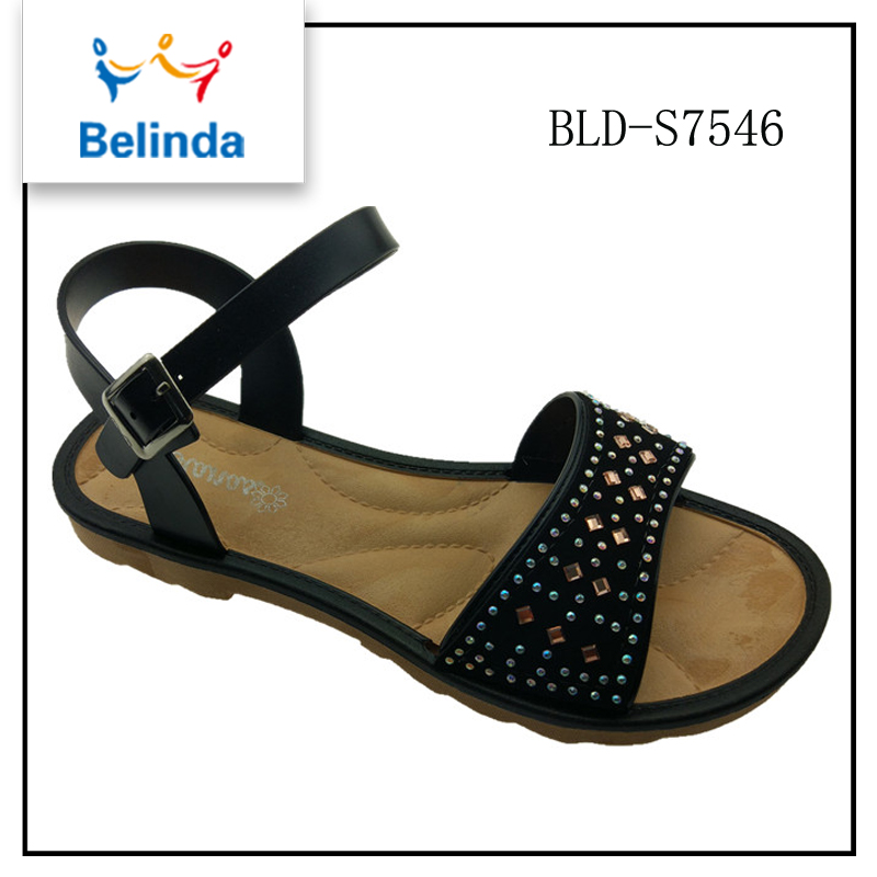 spring summer 2017 women shoes trends Brazilian women arabic sandals