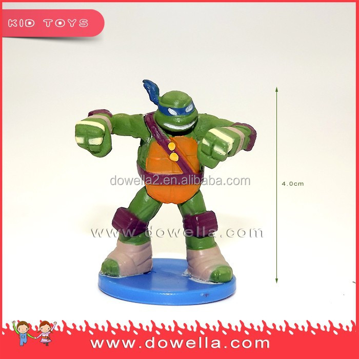 small cheap cartoon figurine plastic toys for decorating cakes