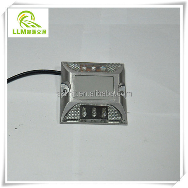 Factory outlet LED wired aluminum road stud tunnel active road sign