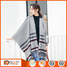 women knit sweater wholesale cardigan ladies crochet poncho pattern
