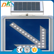 Solar powered road safety traffic led arrow sign light,illuminated sign arrow board