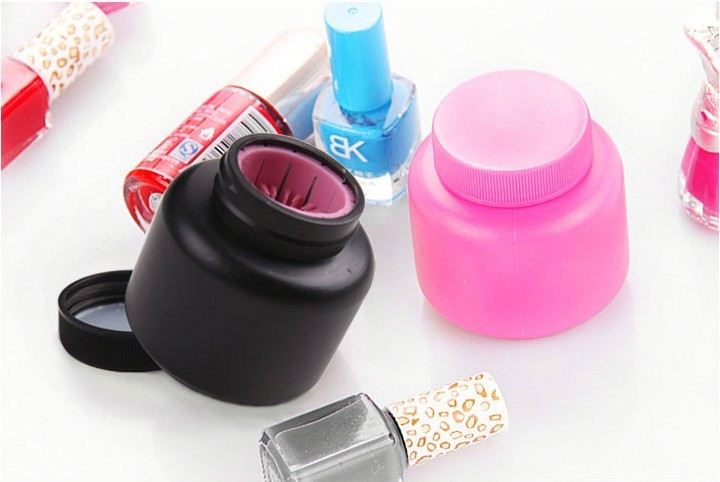 2014 hottest promotion gift nail cleaning device and christmas gift push up deodorant stick