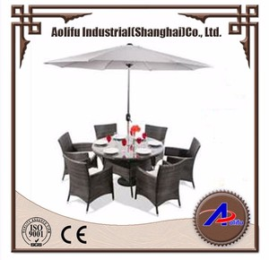 Non-slip Rattan Dining Set for Beach Seaside