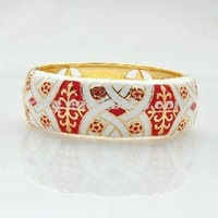 New design beautiful pattern painted enamel alloy bangles for women