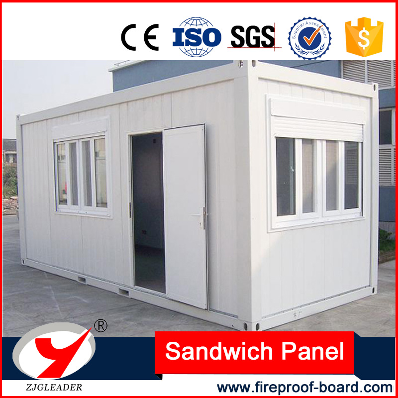Moisture and fire resistance sandwich panel house