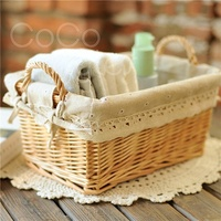 Cocostyles country style handmade rattan woven basket with cloth lining for european family weekend picnic and halloween