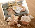 Special wedding souvenirs of Seashell and starfish ceramic salt and pepper shakers Wedding party favors