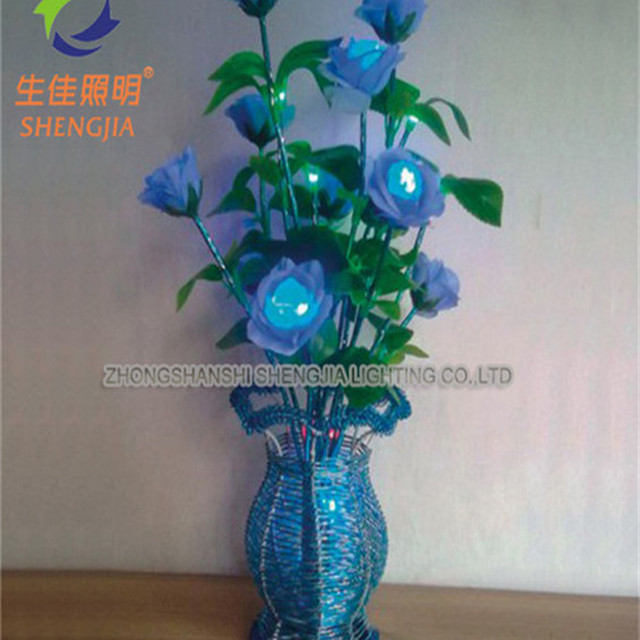 India sell flowers in a vase 2013 christmas tree gift tin