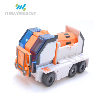 2017 China price children toys new design hot fashion deformable truck fighting robot for wholesale