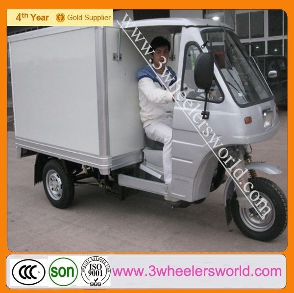 China 200cc Semi-cabin gasoline enclosed tricycle for sale