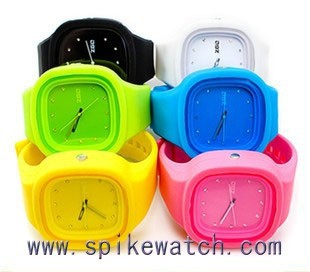 2015 Popular colorful new style silicone low price cheap silica gel watch