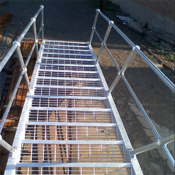 Metal Building Materials Hot Dipped 32 X 5mm Galvanized Steel Grating Walkways Metal Grating Mild Steel Aluminum Bar Grating