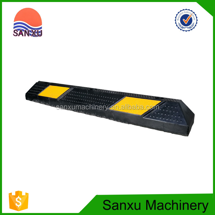 Yellow And Black Colored Door Rubber Wheel Car Parking Stopper