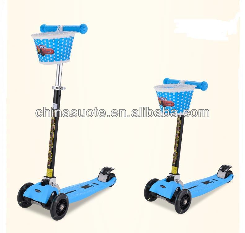 New design folding mini 4 wheel kick scooter with basket for adult