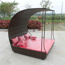 Garden Furniture Outdoor Leisure Rattan Sun Bed Swimming Pool Sofa Daybed with Canopy