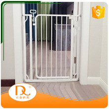 Simple new design hot sale white retractable child safety gate for home