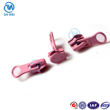 DW factory supplied custom tumi linear size thumb puller painting zipper slider