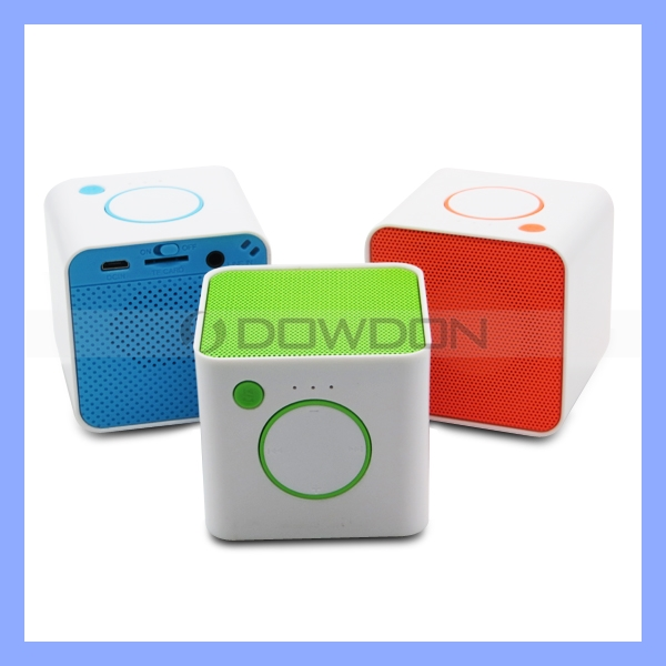 Super Bass Rechargeable Bluetooth Speaker Support TF Cards Music Mini Bluetooth Speaker