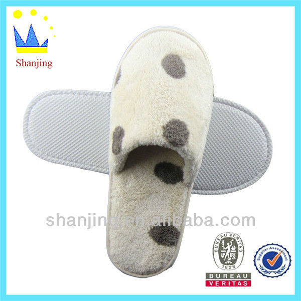 2013 China wholesale new model women fashion sandal and slipper cheap hotel slippers