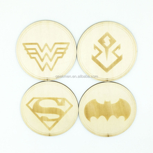 4Pieces/Set Batman vs Superman wooden Coaster Set Superhero Woman Doomsday Beverage Mat with Gift Box