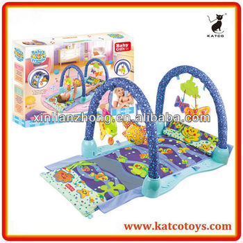 Hot Sale Baby's Friends Kick and Crawl Gym Multi-function Play Gym Mat for Baby