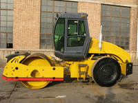 Hot Sale Road Construction Machinery 7 Ton Single Drum Vibromax Road Roller YZ7G