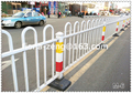 Factory direct sale 2015 new design cheap wrought Iron fence metal fence for road