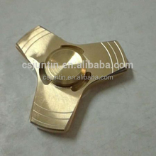 copper finger spinner with three leaves