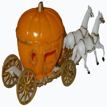 Pumpkin Carriage Cake Stand