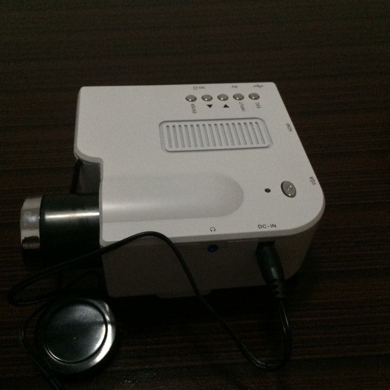 2014 Hot sale mini projector cheap and small led projector projector lamp for benq mp511