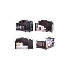 2017 Most Popular Nursery Baby Furniture Solid Wooden Baby Convertible Crib