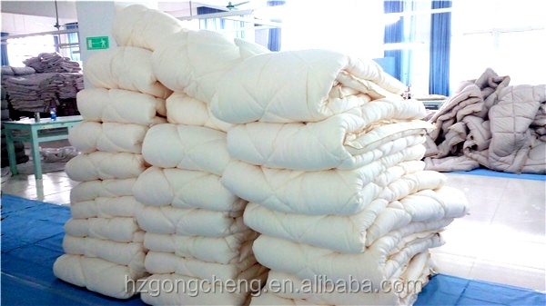 100%cotton wool protein fiber quilt with golden rope piping