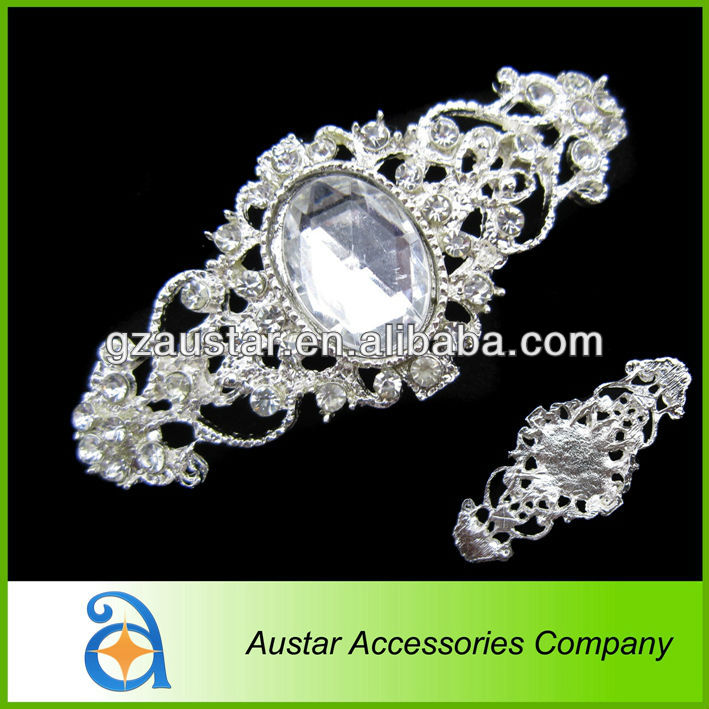 2014 most popular 28*63mm brooch frame for wedding invitation,bridal crystal diamante rhinestone brooch