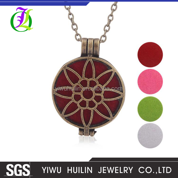 AX100001 Yiwu Huilin Jewelry Oil diffuser creative box aromatherapy pendant <strong>Necklace</strong>
