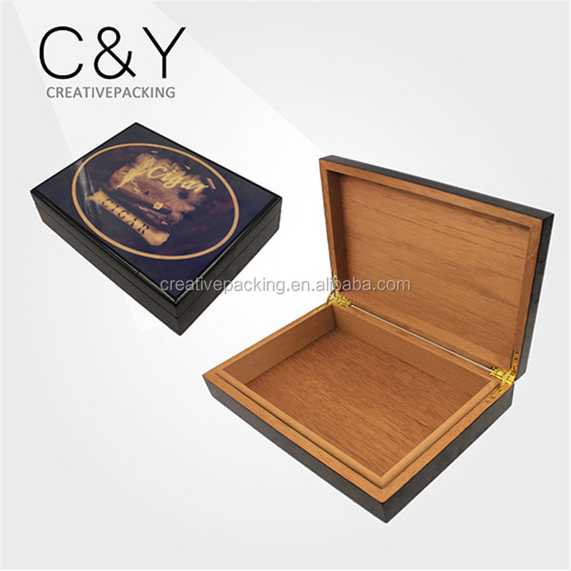 2017 High Quality Cheap Custom logo Cigar Set Storage Box For 15-25 Cigars