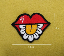 Mouth and flower embroidered patch sexy style purse decoration