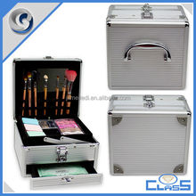MLD-CC682 New Fashionable Professional OEM Sturdy Cosmetic Storage Aluminum Beauty Vanity Box