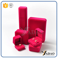 OEMODM Wholesale Customize red velvet plastic jewelry set include ring/bracelet/pendant/necklace/chain/watch/coin box