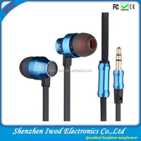 2014 flat cable earphone made in China for mobile phone mp3 mp4 player hot selling in India