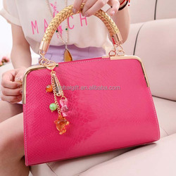 new style snake skin grain leather women bag with chain