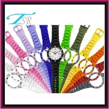 2013 charming hottest new fashion girl watchs