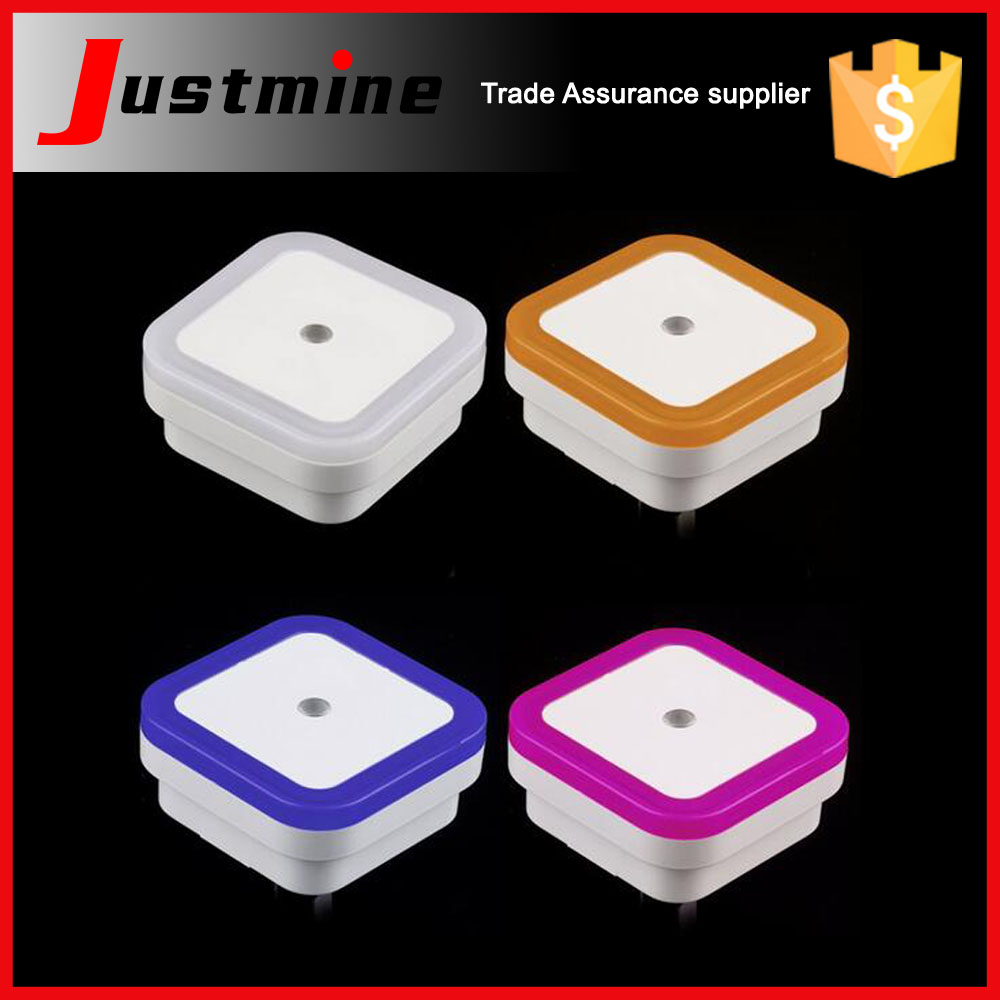 Wholesale mini night light with auto sensor lighting for baby square round design CE ROHS baby night light
