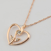 Valentine's Women Girls Rose Gold Plated Crystal Flower Heart Pendant Necklace