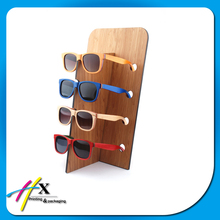 fashion wooden sunglasses eyewear diaplay stand with custom size color for eyeglass stor