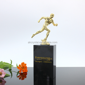 Wholesale 2017 Fashion Awards Trophies Sports Souvenirs Gold Award Statue Replica Oscar Trophy