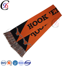 Chengxing custom sport jacquard crochet woven knitted football soccer fan 100% acrylic scarf